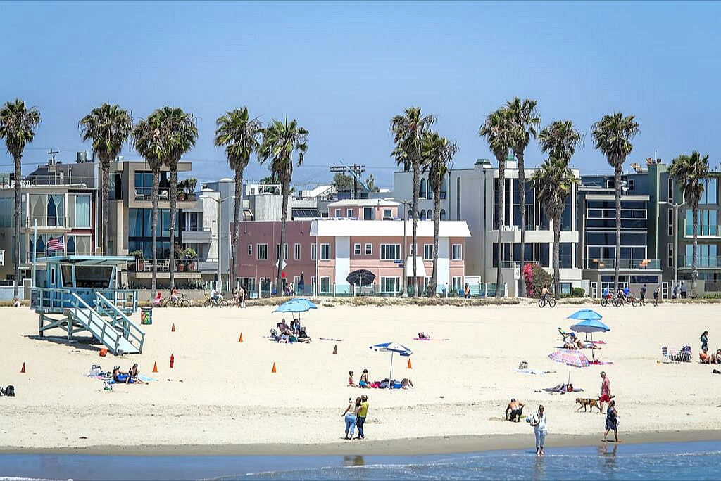 Beach holidays in Los Angeles